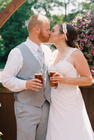 Mara+Luke-wedding-couple-film-72