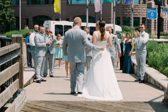 Mara+Luke-wedding-first-look-film-17